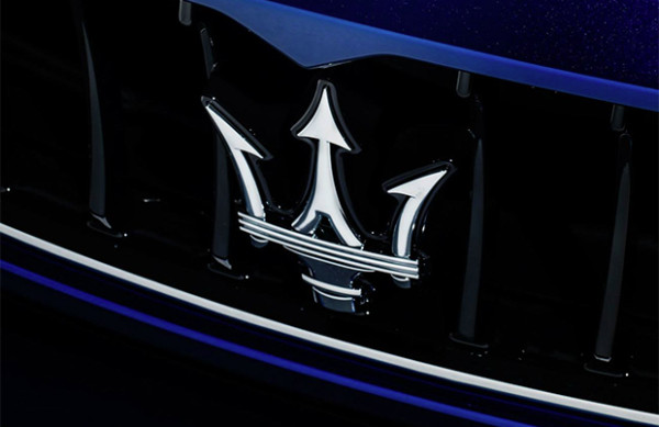 Maserati Ghibli Blu Emozione
