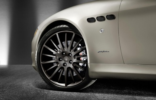 Maserati_Quattroporte_Sport_GT_S_Award_Edition_3