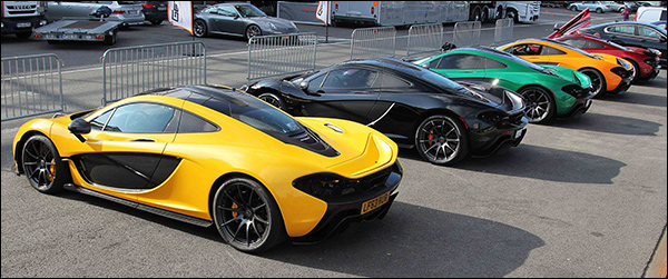 Video: 11x McLaren P1's gaan los op Spa-Francorchamps