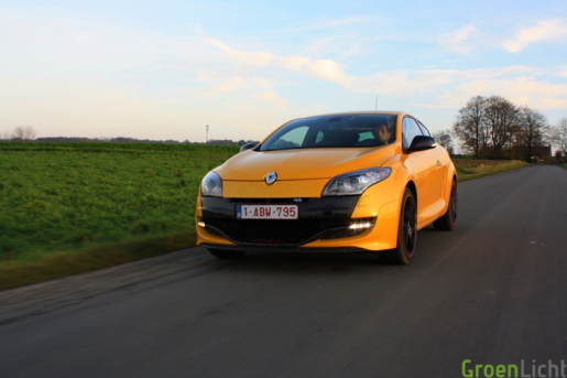 Renault Megane Coupe RS Trophy