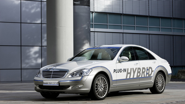 Mercedes-Benz-S500-Plug-In-Hybrid-01-768x1366