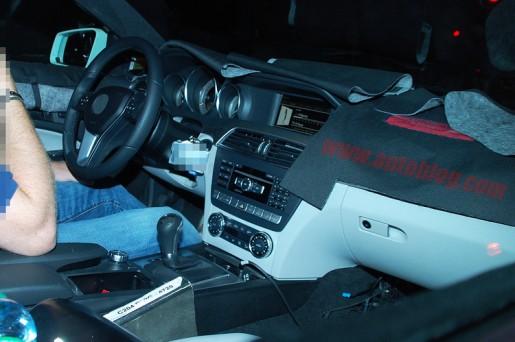 Mercedes C-KLasse Coupe nterieur