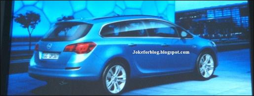 Opel_Astra_Sports_Tourer