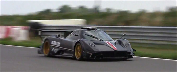 Video: Pagani Zonda Revolucion in tweevoud