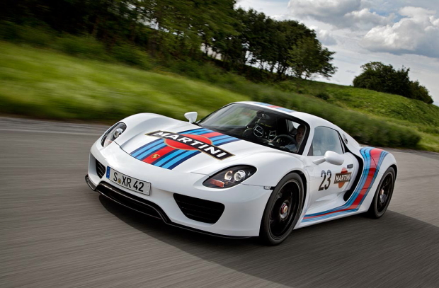 porsche 918 spyder in martini racing design. Black Bedroom Furniture Sets. Home Design Ideas