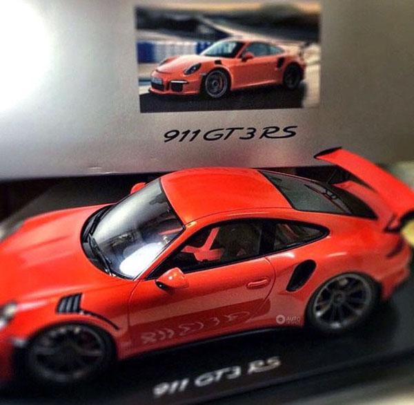 Porsche 991 GT3 RS Scale Model