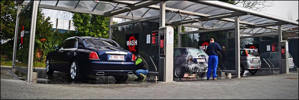 Gespot: Rolls Royce Ghost EWB in de Carwash Gentbrugge