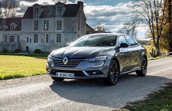 kort getest renault talisman tce 225 pk s edition 2018. Black Bedroom Furniture Sets. Home Design Ideas