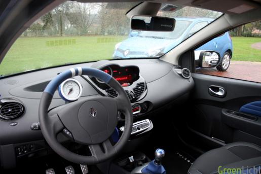 Renault Twingo 2012 test