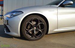 Rijtest: Alfa Romeo Giulia Veloce 2.2 JTDm 210 pk Diesel (2017)