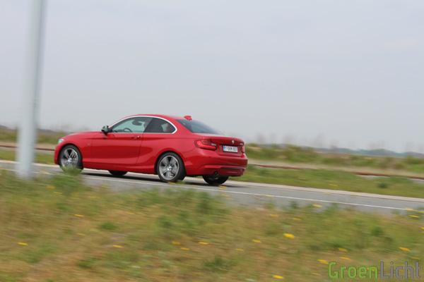Rijtest BMW 2-Reeks Coupe - 220i Sport Line 34