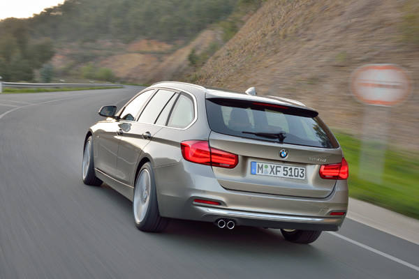 Rijtest - BMW 316d vs 325d Touring 03