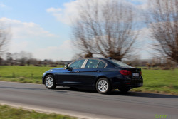 Rijtest - BMW 320d ED 2015 17