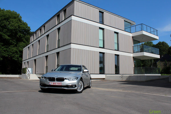Rijtest - BMW 330e PIH Plug-In Hybrid - 10