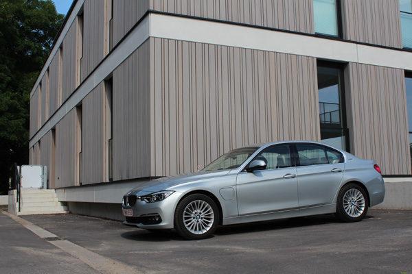 Rijtest - BMW 330e PIH Plug-In Hybrid - 12
