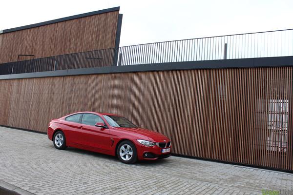 Rijtest BMW 4-Reeks Diesel 184 pk Rood 2