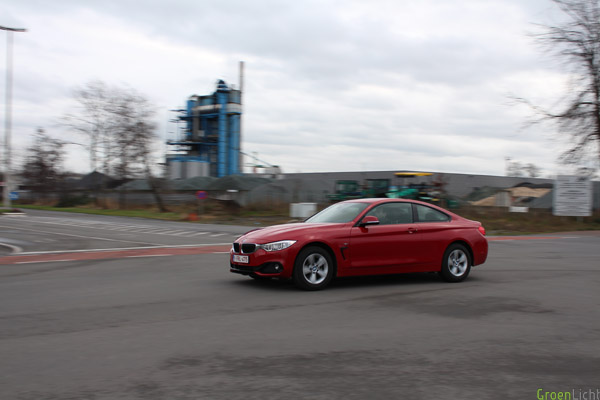 Rijtest BMW 420d Sport Line Melbourne Rot 1