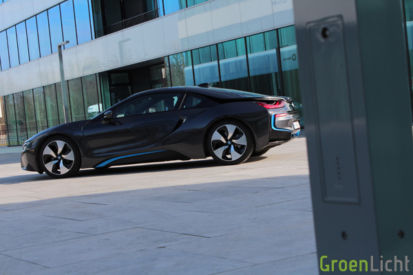Rijtest - BMW i8 - 15