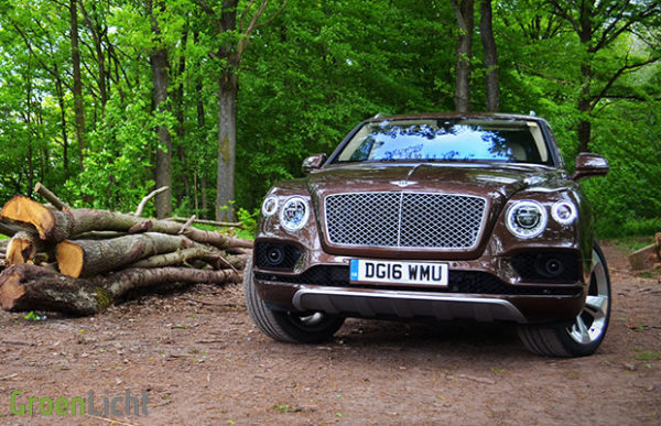 Rijtest Bentley Bentayga W12