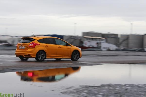 Rijtest Ford Focus ST