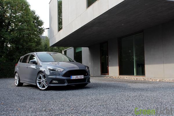 Rijtest - Ford Focus ST Diesel 06