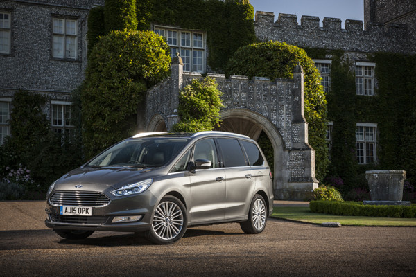 Rijtest - Ford Galaxy 2015 08