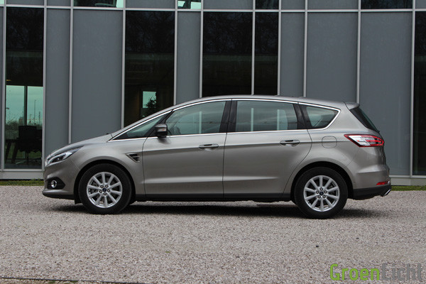 Rijtest - Ford S-Max 2015 11