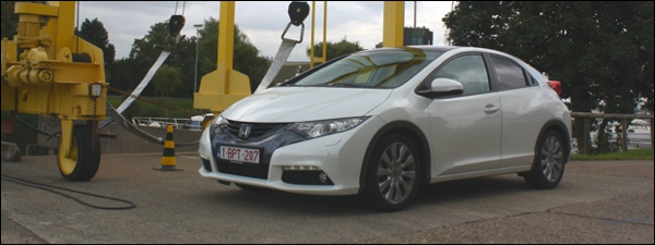 Rijtest Honda Civic 2012