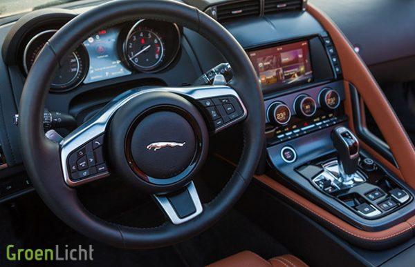 Rijtest Jaguar F-Type Cabriolet 2.0i viercilinder 300 pk R-Dynamic (2017)