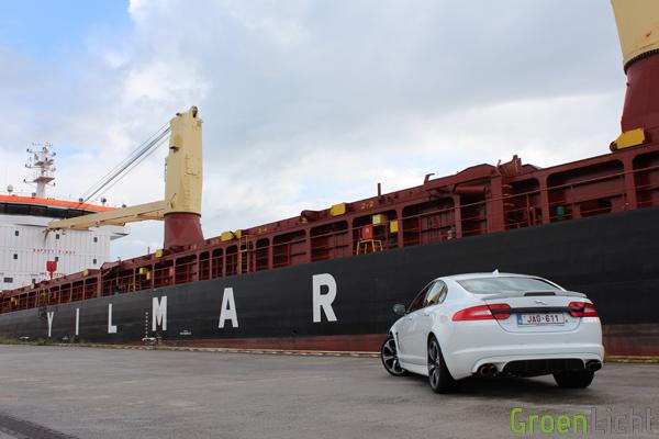 Rijtest - Jaguar XFR-S Rijtest - Review 06