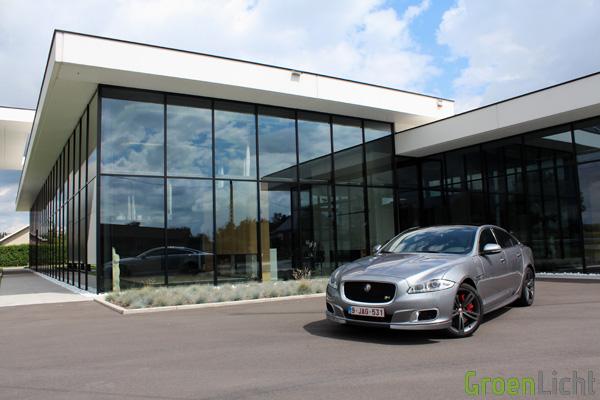Rijtest - Jaguar XJR 01