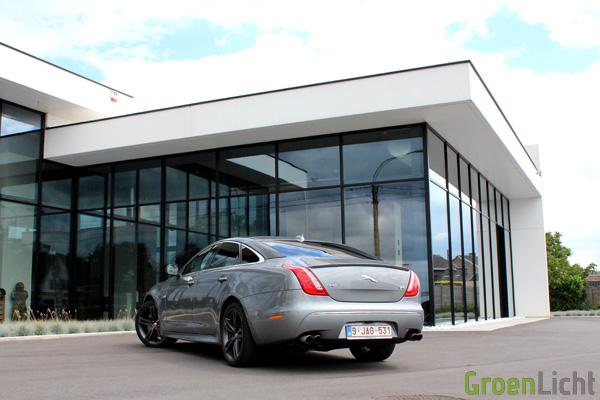 Rijtest - Jaguar XJR 02