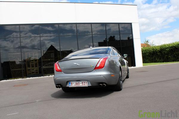 Rijtest - Jaguar XJR 07