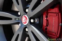 Rijtest - Jaguar XJR 13