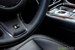 Rijtest - Jaguar XJR 18