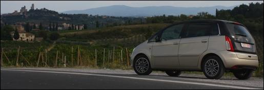 Rijtest Lancia Musa MultiJet Poltrona Frau