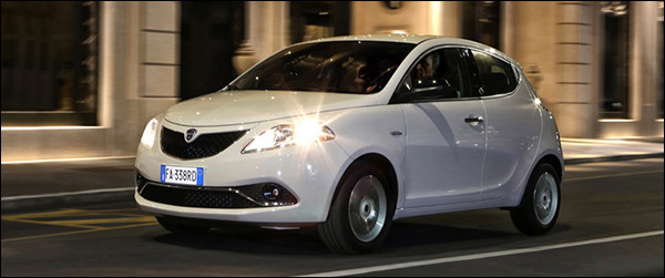 Rijtest: Lancia Ypsilon 1.2 (2016)
