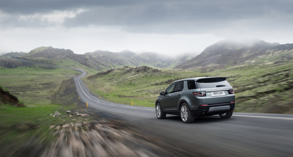Rijtest - Land Rover Discovery Sport 01