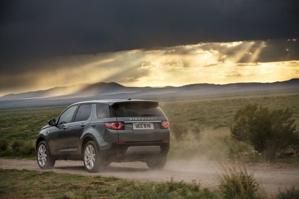 Rijtest - Land Rover Discovery Sport 08