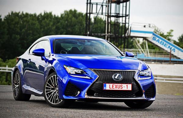 Rijtest: Lexus RC F V8 (2015)