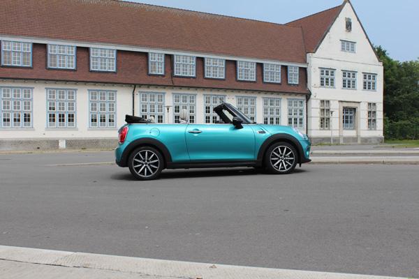 Rijtest - MINI Cabrio - Cooper 08