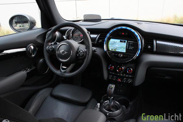 Rijtest - MINI Cooper SD 5d 17