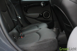 Rijtest - MINI Cooper SD 5d 18