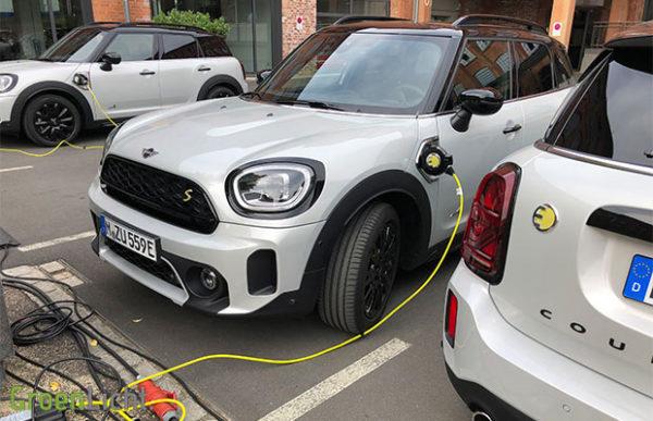 Rijtest: MINI Countryman S E Plug-in Hybride facelift PHEV (2020)