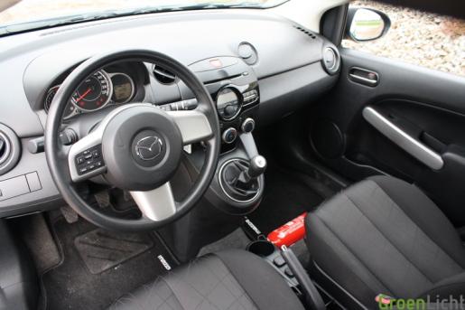 Rijtest Mazda2