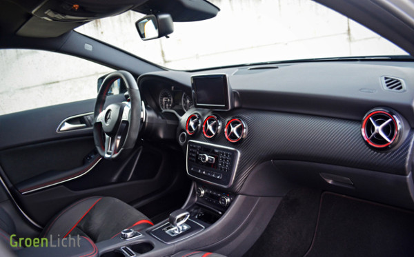 Rijtest-Mercedes-A45-AMG-2013-18