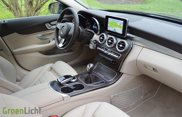 Rijtest mercedes c klasse berline c180 bluetec for Interieur mercedes c klasse