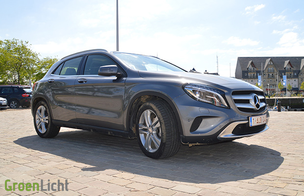 rijtest mercedes gla 220 cdi 4matic. Black Bedroom Furniture Sets. Home Design Ideas