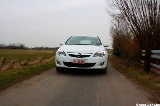 Rijtest Opel Astra Turbo 1