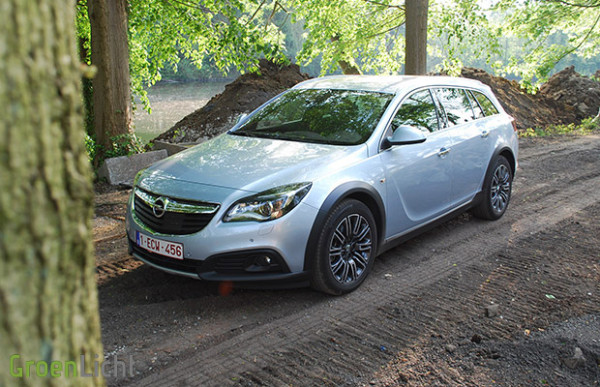 Rijtest Opel Insignia Country Tourer 2013 2.0 Turbo 4x4 06